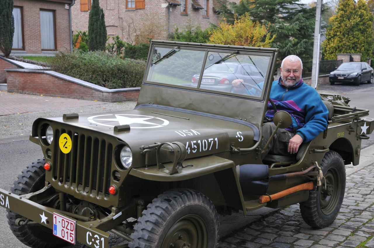 Jean-Pierre et sa jeep